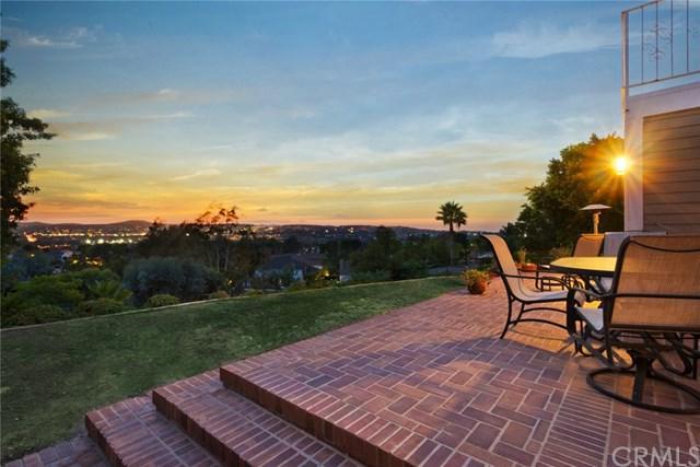 26491 Silver Saddle Lane, Laguna Hills, CA 92653 (#OC17217488) :: Doherty Real Estate Group