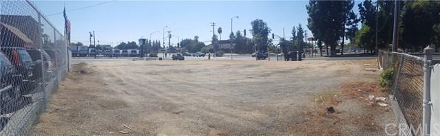 1150 N Abby Street, Fresno, CA 93701 (#PW17218084) :: eXp Realty of California Inc.