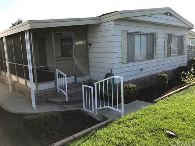 16959 Lake Knoll #109, Yorba Linda, CA 92886 (#OC17218096) :: The Darryl and JJ Jones Team