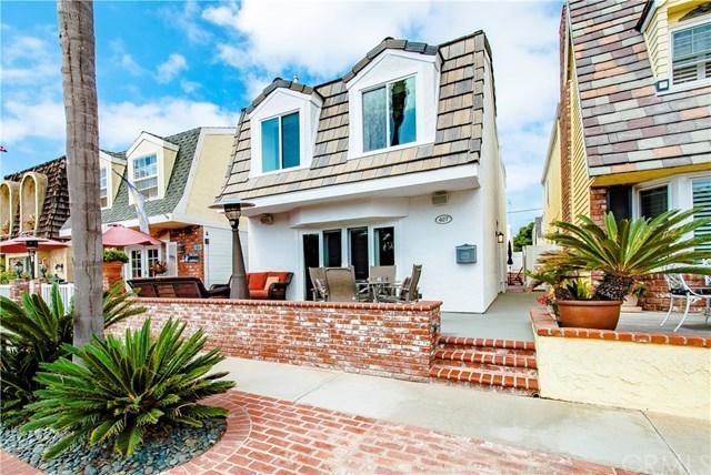 407 18th Street, Huntington Beach, CA 92648 (#OC17204331) :: Doherty Real Estate Group