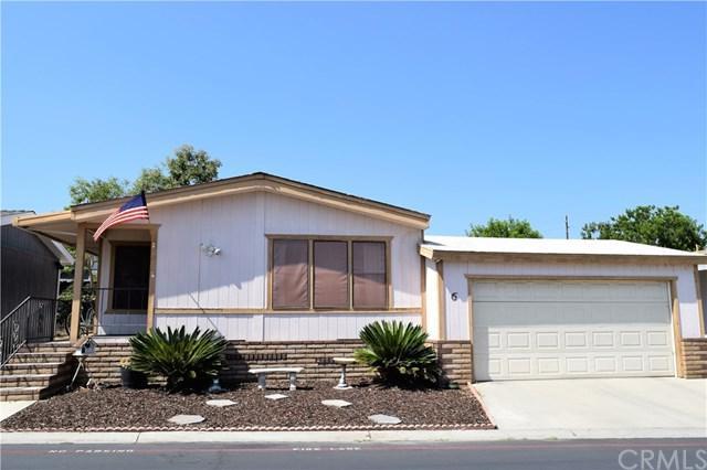 1550 Rimpau Avenue #6, Corona, CA 92881 (#IG17215916) :: Provident Real Estate