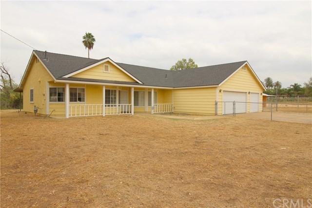 8561 Terrie, Jurupa Valley, CA 92509 (#DW17218191) :: Provident Real Estate