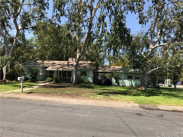 6055 Oakdale Avenue, Woodland Hills, CA 91367 (#SR17217241) :: Kim Meeker Realty Group