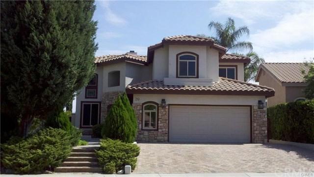 20 Villa Milano, Lake Elsinore, CA 92532 (#SW17217805) :: Provident Real Estate