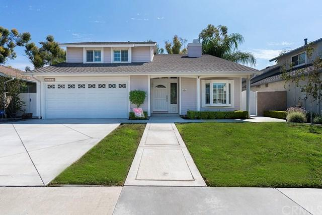 22022 Cosala, Mission Viejo, CA 92691 (#OC17218718) :: Doherty Real Estate Group
