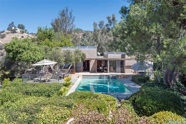 1506 Via Ladera, Fallbrook, CA 92028 (#PV17217008) :: Dan Marconi's Real Estate Group