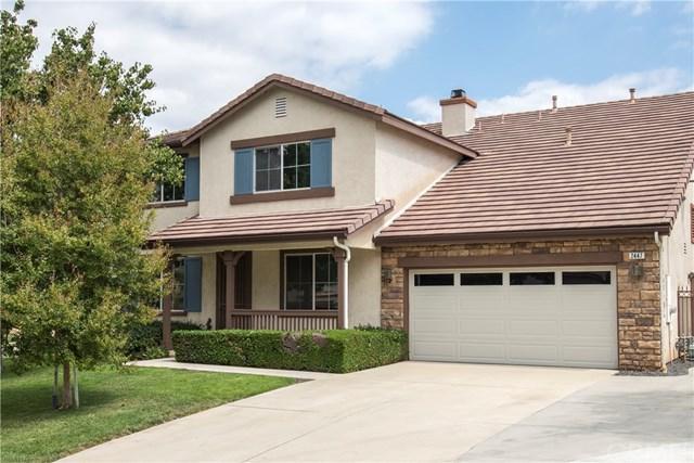 2447 Hannum Circle, Corona, CA 92882 (#PW17218060) :: Provident Real Estate