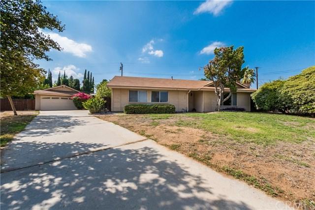 5969 Petite Court, Riverside, CA 92504 (#IG17219043) :: Provident Real Estate