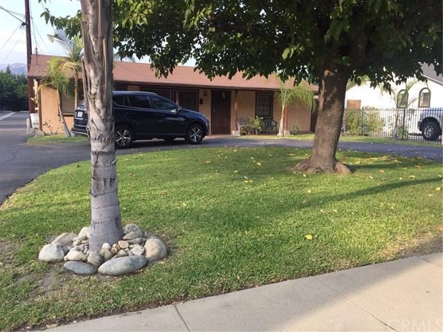 737 W 2nd Street, Azusa, CA 91702 (#CV17219094) :: CG Realtors