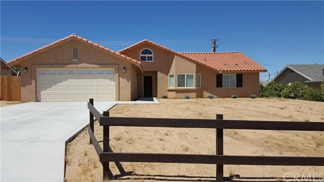 7460 Indio Avenue, Yucca Valley, CA 92284 (#OC17219149) :: Provident Real Estate