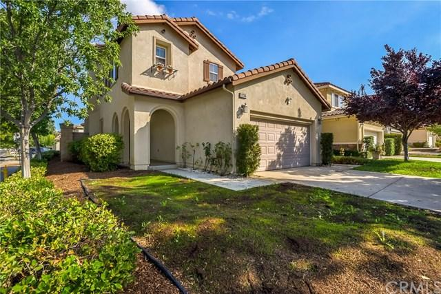 32366 Fernleaf Drive, Lake Elsinore, CA 92532 (#SW17218037) :: Dan Marconi's Real Estate Group