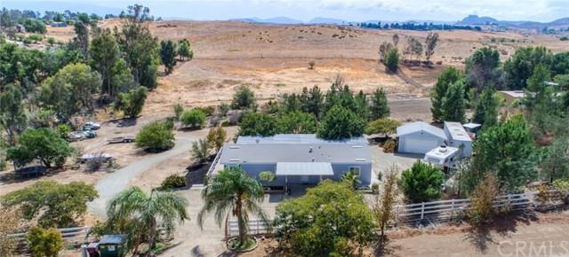 30675 Curzulla Road, Menifee, CA 92584 (#SW17219253) :: Dan Marconi's Real Estate Group