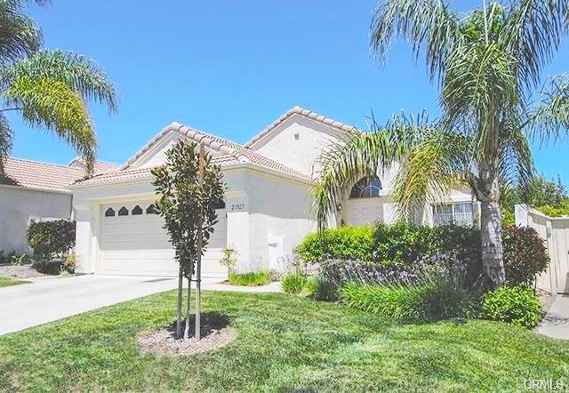 23907 Via Pamilla, Murrieta, CA 92562 (#SW17218996) :: Dan Marconi's Real Estate Group