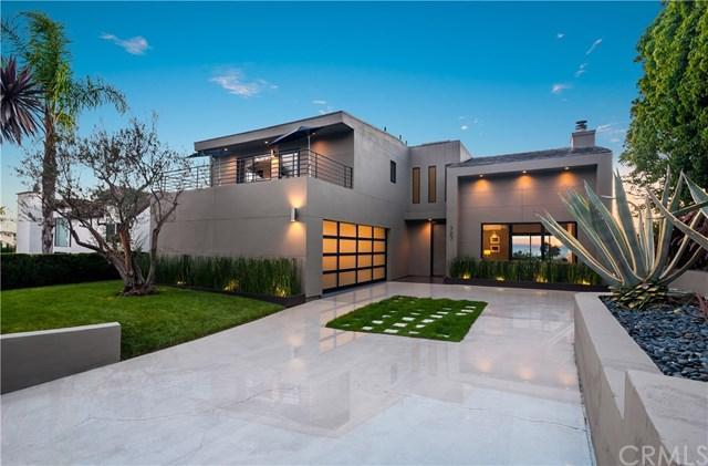 727 Balboa Avenue, Laguna Beach, CA 92651 (#LG17219226) :: Mainstreet Realtors®