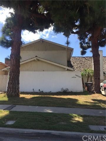 16979 Roundhill Drive, Huntington Beach, CA 92649 (#OC17214810) :: Kato Group