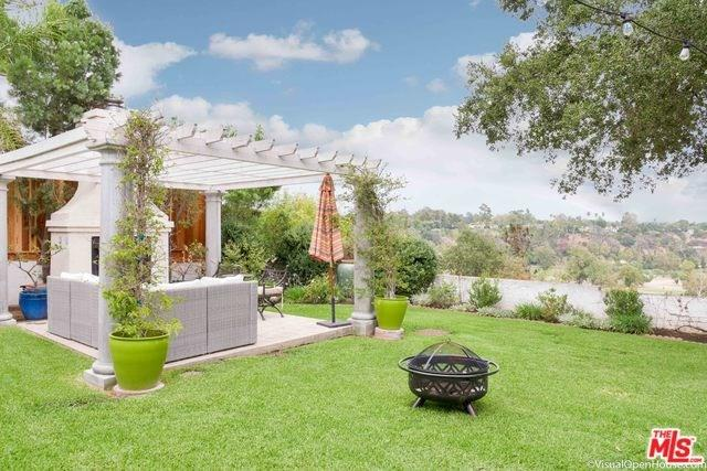 1690 La Vista Place, Pasadena, CA 91103 (#17273226) :: Mainstreet Realtors®