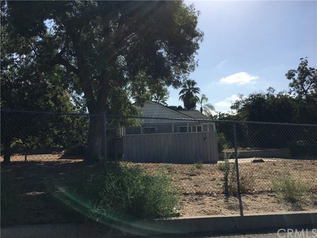 1205 E 42nd Place, San Bernardino, CA 92404 (#IV17219928) :: CG Realtors