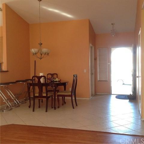 805 Amador Court, Lake Elsinore, CA 92530 (#IG17220156) :: Realty Vault