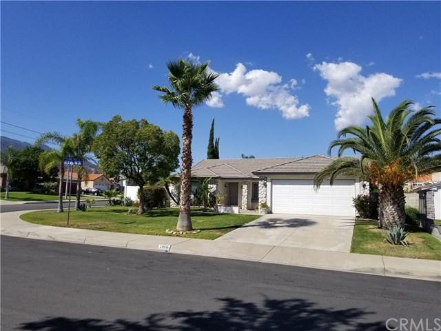 2866 La Morada Drive, Rialto, CA 92377 (#CV17220236) :: Mainstreet Realtors®