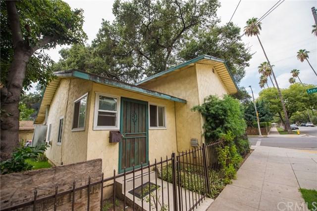 1860 N Summit Avenue, Pasadena, CA 91103 (#IV17220532) :: Mainstreet Realtors®