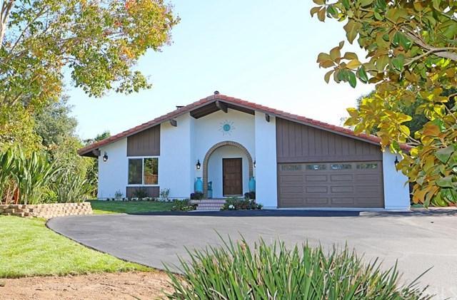1285 Palomino Road, Fallbrook, CA 92028 (#SW17220581) :: The DeBonis Team