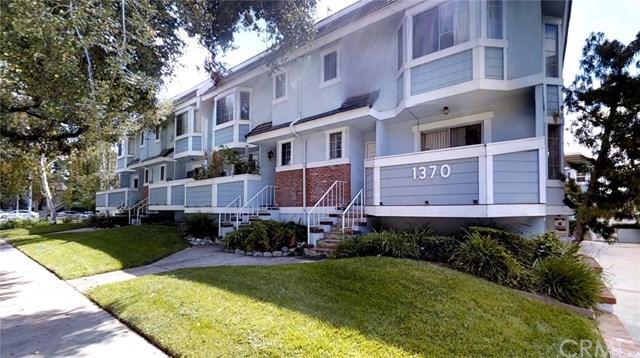 1370 E Orange Grove Boulevard #2, Pasadena, CA 91104 (#PW17220331) :: Mainstreet Realtors®