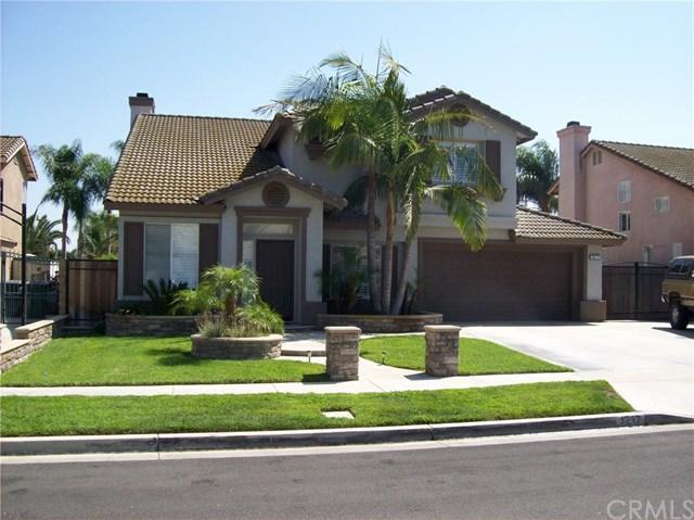 1217 Carriage Lane, Corona, CA 92880 (#PW17216621) :: Mainstreet Realtors®