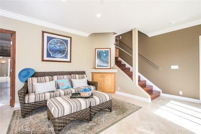 1332 Cerritos Drive, Laguna Beach, CA 92651 (#OC17217465) :: Mainstreet Realtors®