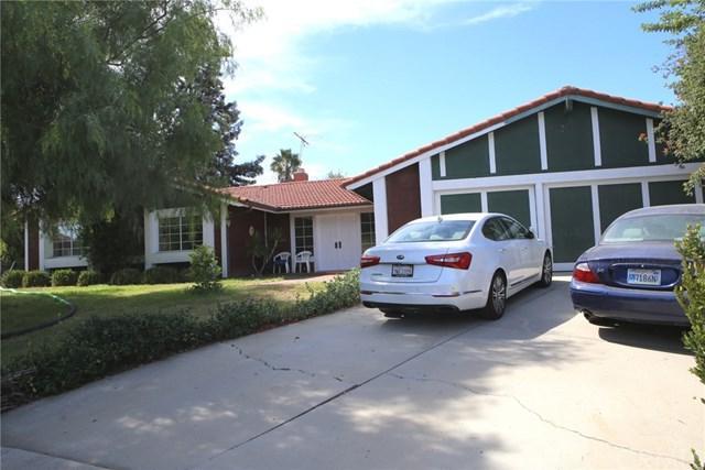 7290 Gingersnap Drive, Corona, CA 92881 (#IG17220975) :: Mainstreet Realtors®