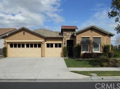 9176 Larkspur Drive, Corona, CA 92883 (#IG17220346) :: Mainstreet Realtors®