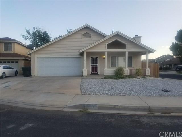 13655 Opal, Victorville, CA 92392 (#IG17215161) :: Mainstreet Realtors®