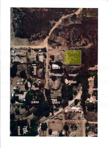0 Yucca, Wildomar, CA  (#SW17221012) :: Realty Vault