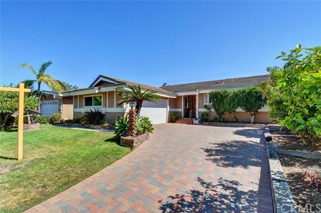 12092 Paseo Bonita, Los Alamitos, CA 90720 (#PW17172782) :: Kato Group