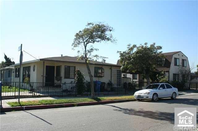 25403 President Avenue, Harbor City, CA 90710 (#PW17226260) :: Keller Williams Realty, LA Harbor