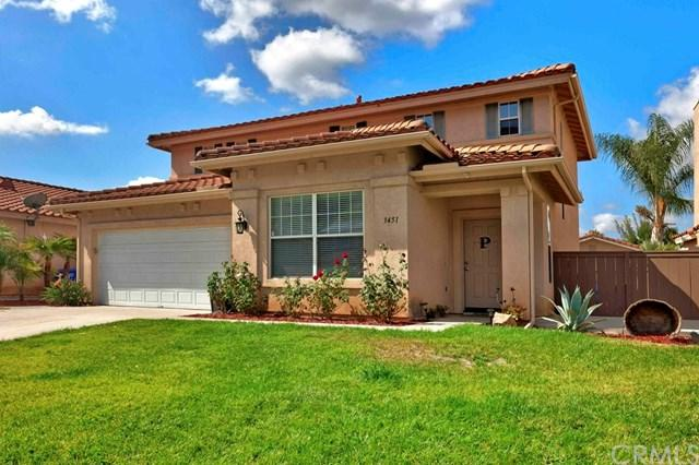 3451 Lake Park Avenue, Fallbrook, CA 92028 (#SW17227385) :: The Val Ives Team