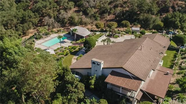 2365 Palo Vista Road, Fallbrook, CA 92028 (#SW17223731) :: The Val Ives Team