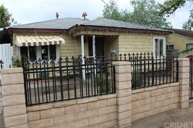 8812 Laurel Canyon Boulevard, Sun Valley, CA 91352 (#SR17230459) :: Prime Partners Realty