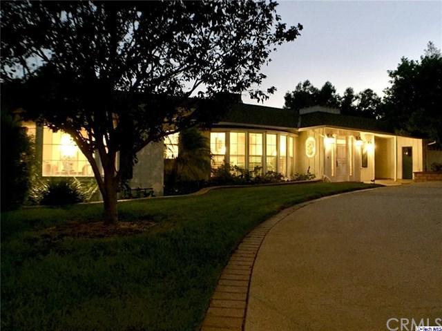 1040 Vista Del Valle Road, La Canada Flintridge, CA 91011 (#317006791) :: Fred Sed Realty