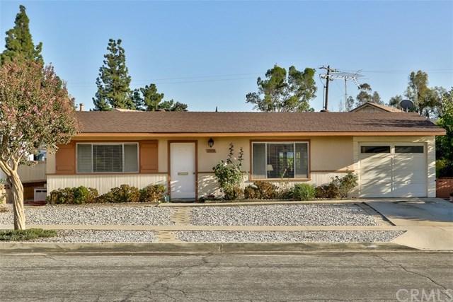 11995 Peach Tree Road, Yucaipa, CA 92399 (#EV17231315) :: RE/MAX Estate Properties