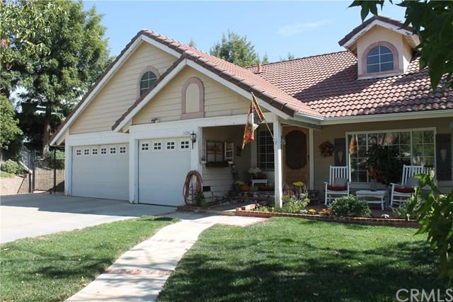 33286 Willow Tree Lane, Wildomar, CA 92595 (#SW17233171) :: The Val Ives Team