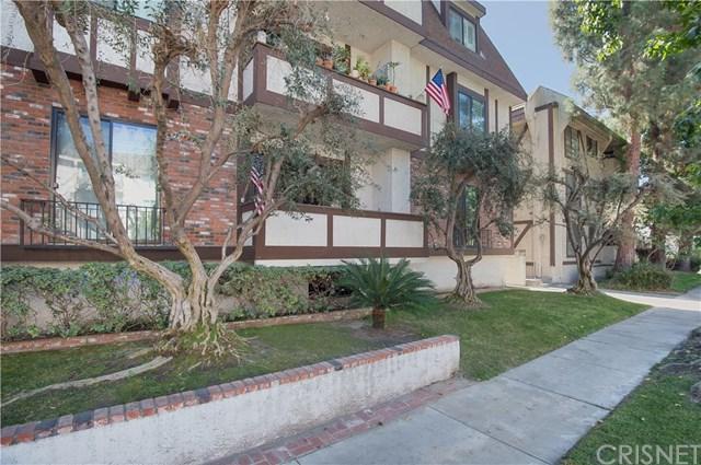 10310 Riverside Drive #102, Toluca Lake, CA 91602 (#SR17233616) :: Prime Partners Realty
