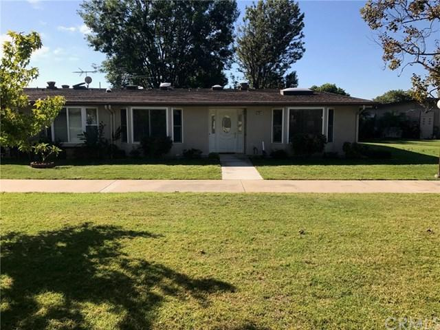 1651 Interlachen Road M11-281G, Seal Beach, CA 90740 (#PW17233798) :: Scott J. Miller Team/RE/MAX Fine Homes