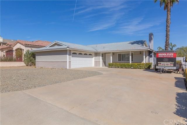 24048 Cruise Circle Drive, Canyon Lake, CA 92587 (#SW17234224) :: California Realty Experts