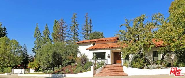 23579 Park Belmonte, Calabasas, CA 91302 (#17278966) :: Fred Sed Realty