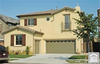 1047 Hudson Drive, Tustin, CA 92782 (#OC17234746) :: RE/MAX New Dimension