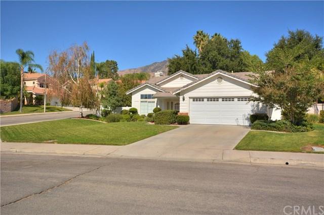 29756 Southwood Lane, Highland, CA 92346 (#CV17234802) :: RE/MAX Estate Properties