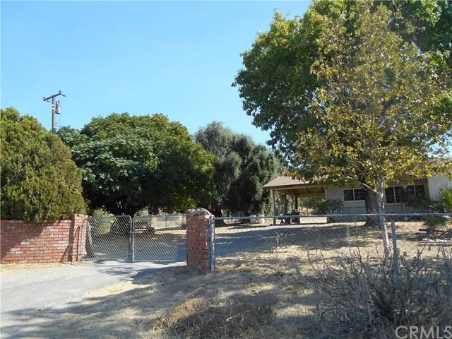 10313 Juniper Avenue, Yucaipa, CA 92399 (#IV17235693) :: RE/MAX Estate Properties
