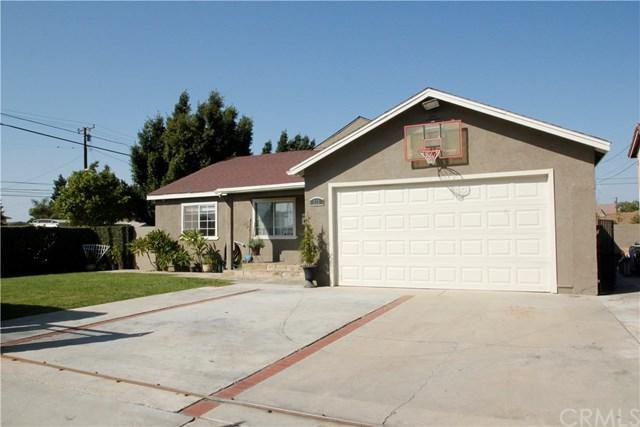 535 W 214th Street, Carson, CA 90745 (#SB17235887) :: RE/MAX Estate Properties