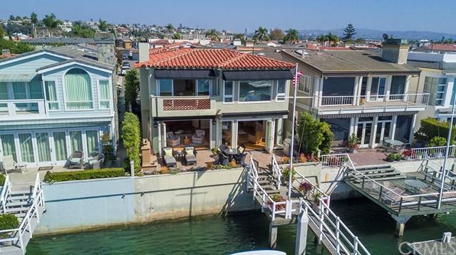 231 Via Lido Soud, Newport Beach, CA 92663 (#OC17235931) :: RE/MAX New Dimension