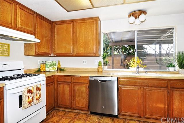 6002 Chinook Avenue, Westminster, CA 92683 (#OC17234412) :: Scott J. Miller Team/RE/MAX Fine Homes